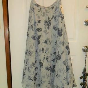 Gray Floral print long skirt